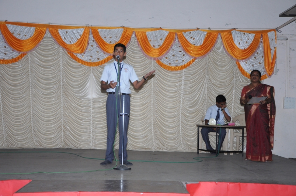 Ganesh Festival :  Hindi Extempore Competition (Seniors).