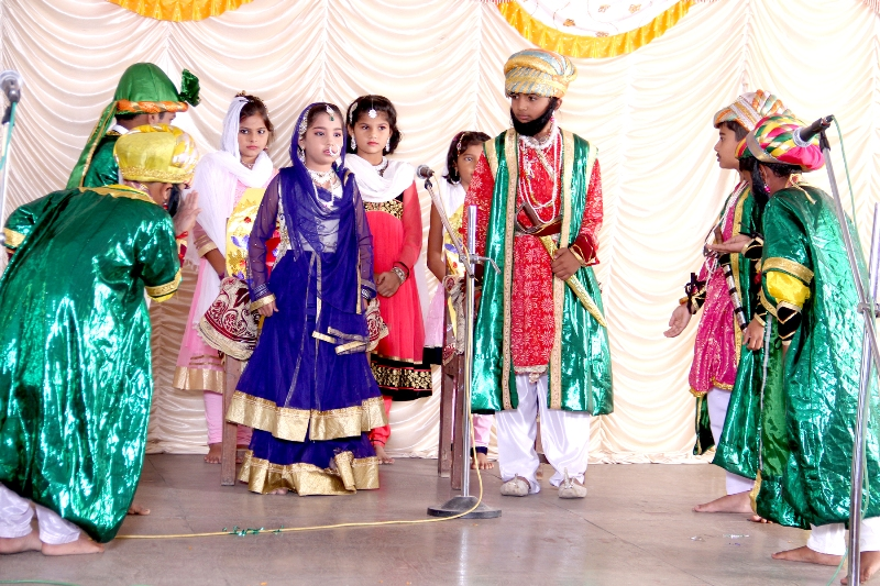 Ganesh Festival : A Marathi Skit 'Akbar and Birbal' performed by the Primary students.