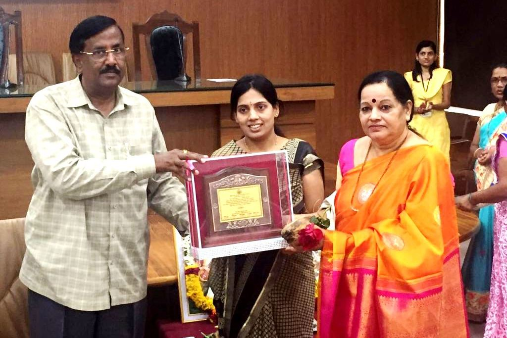 Teachers Day : Education Department & Baramati Municipal Council honoured Mrs. C. S. Rai Principal VPVGBVM as the Best Teacher.